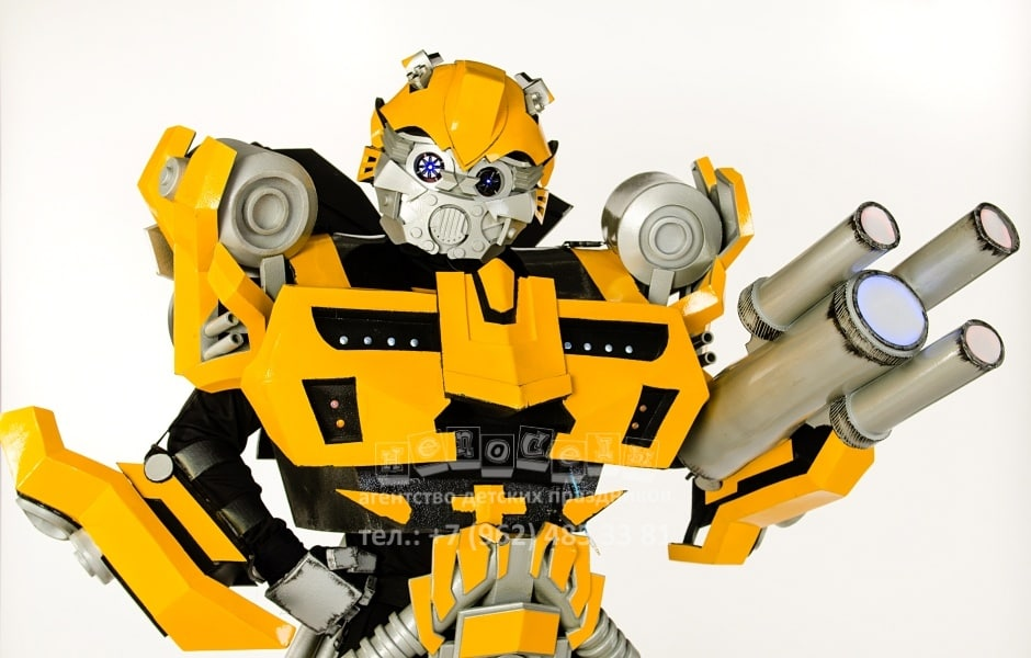 gigant-transformer-bamblbi-1